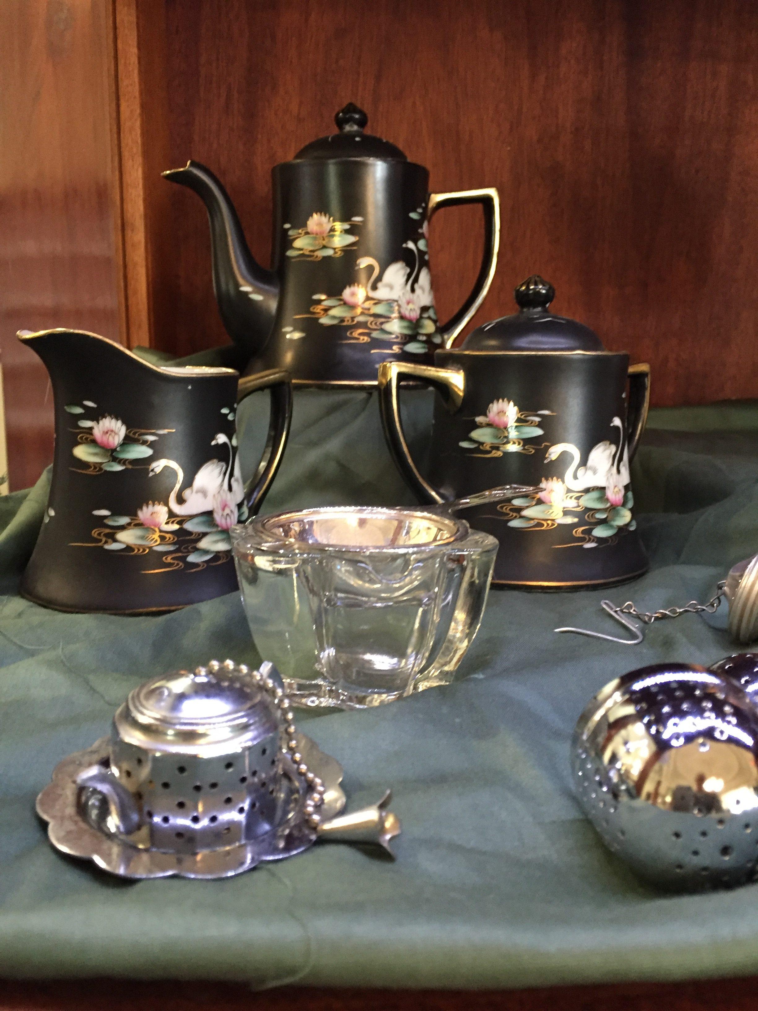 Current Exhibit: Teapots